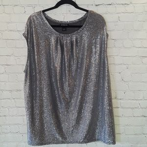 Liz Claiborne silver sleeveless oversized top